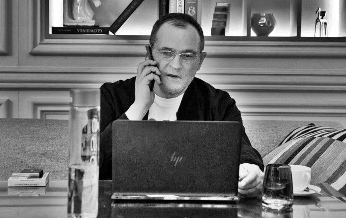 От ДПС се обадили на Васил Божков и го питат